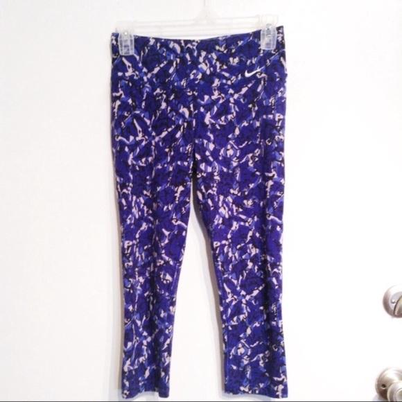 Nike Pants - NIKE Dri-Fit Crop Workout Legging Pant
